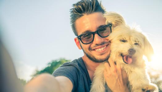 Come educare un cane a socializzare con gli umani